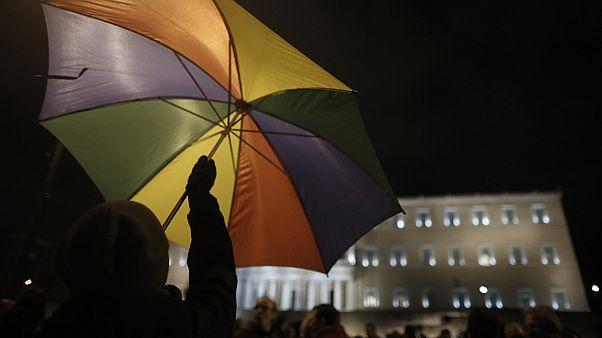 300 διανοούμενοι στο πλευρό της Ελλάδας