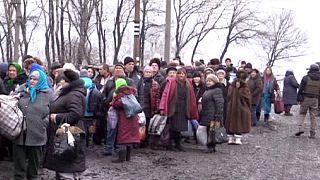Se acaba la mini tregua que ha permitido un corredor humanitario para evacuar a unos 1.000 ucranianos de Debáltsevo