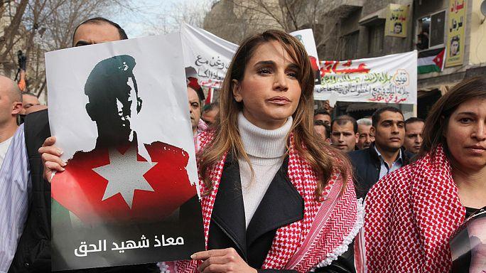 IŞİD'i protesto yürüyüşüne Ürdün Kraliçesi Rania da katıldı