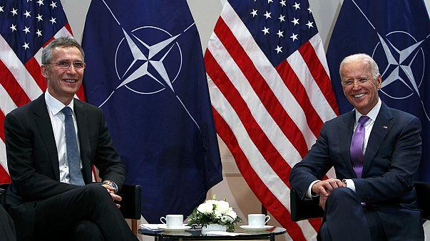 El presidente ucraniano apura sus últimos momentos en Múnich para pedir apoyo militar a Occidente