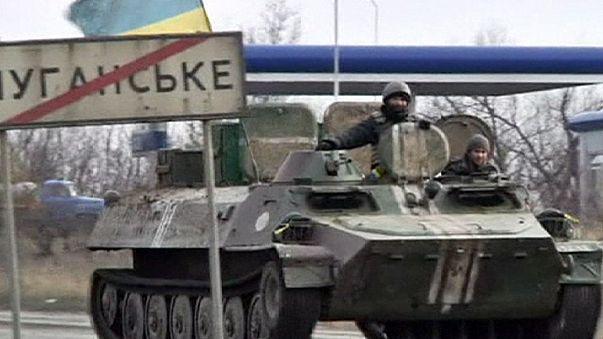 REPORTAJE-Continúa la guerra en Debaltseve