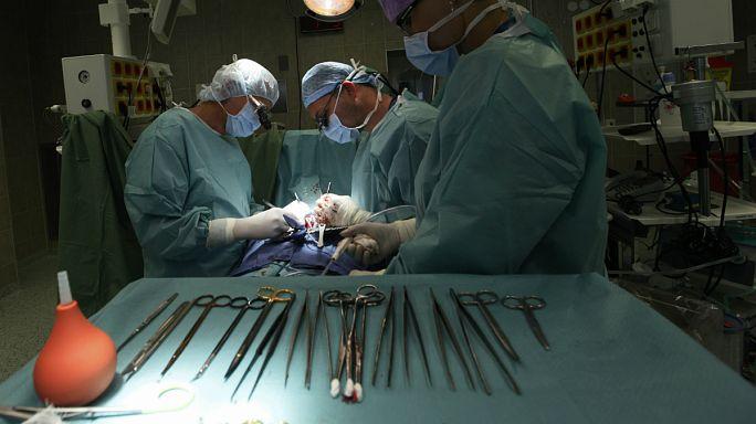 France : des gestes médicaux sans consentement sur des patients endormis ?