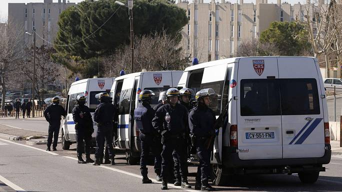 Hooded gunmen fire at police in Marseille