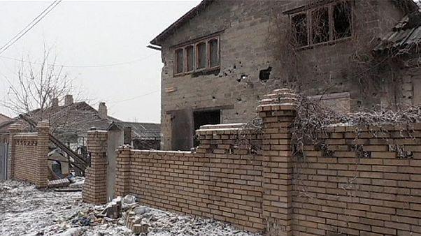 Explosion von Munitionslager bei Chemiefabrik und weiter Kämpfe im Osten der Ukraine