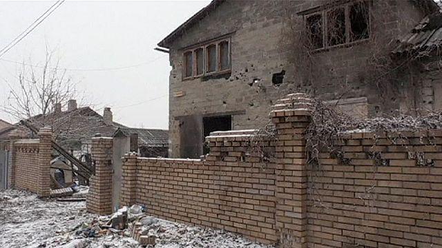 Ukrayna'nın doğusundaki çatışmalardan dolayı siviller Rusya'ya kaçıyor