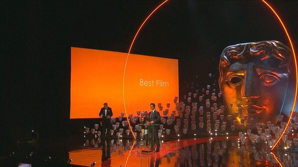"""""""Boyhood"""" vence BAFTA a caminho dos óscares"""