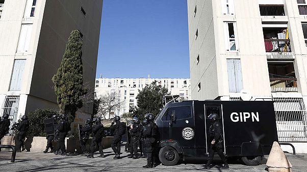 Fransa'nın Marsilya kentinde polise silahlı saldırı