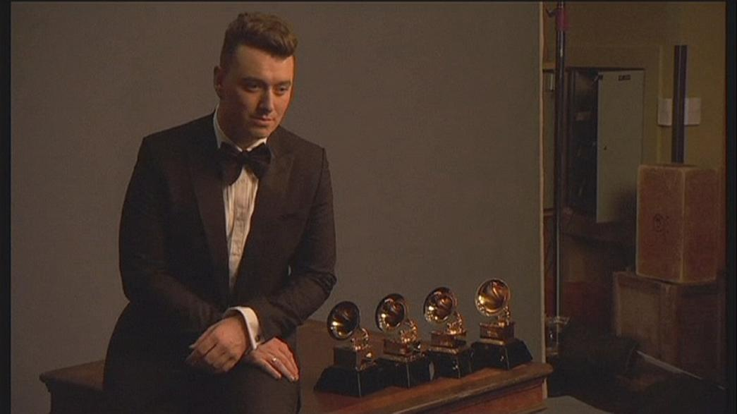 """Sam Smith et Beck, grands gagnants des """"Grammy Awards"""""""
