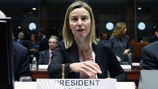 Ucraina, l'Ue aggiunge 19 nuovi nomi a lista nera. Entrata in vigore rimandata al 16 febbraio