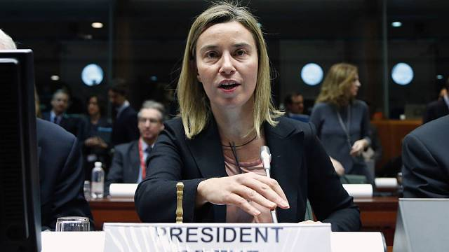 EU delays sanctions amid push for Ukraine peace