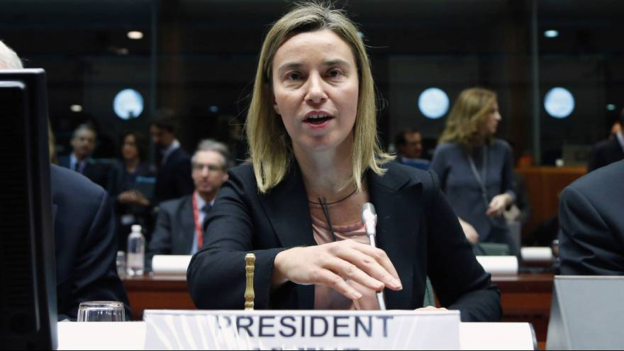 وزراء خارجية الاتحاد الاوروبي يقرون عقوبات ضد روسيا لكن: مع وقف التنفيذ.