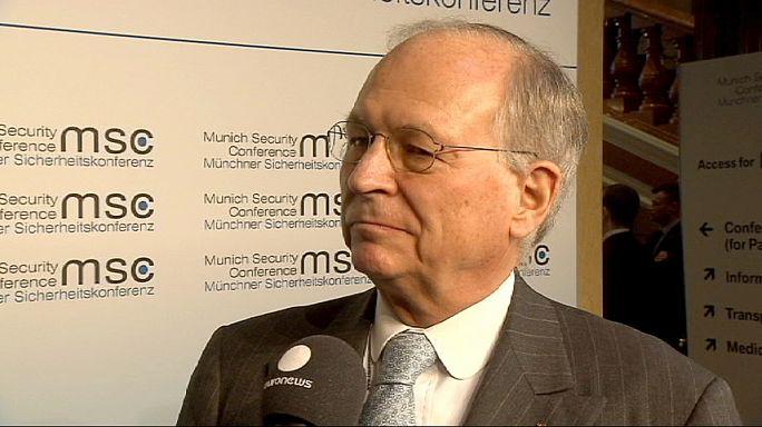 Interviews croisées d'un ancien diplomate occidental et d'un responsable russe