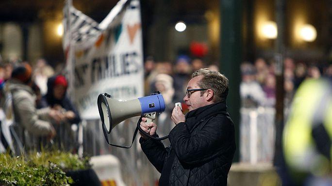 """Первая акция """"Пегиды"""" в Швеции: противников больше, чем сторонников"""