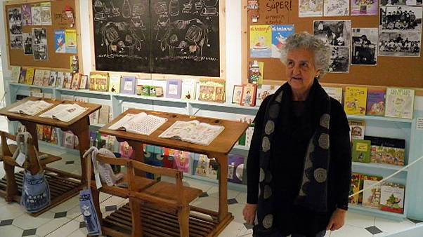 """La autora de """"Las Tres Mellizas"""" expone en Bruselas obras inéditas"""