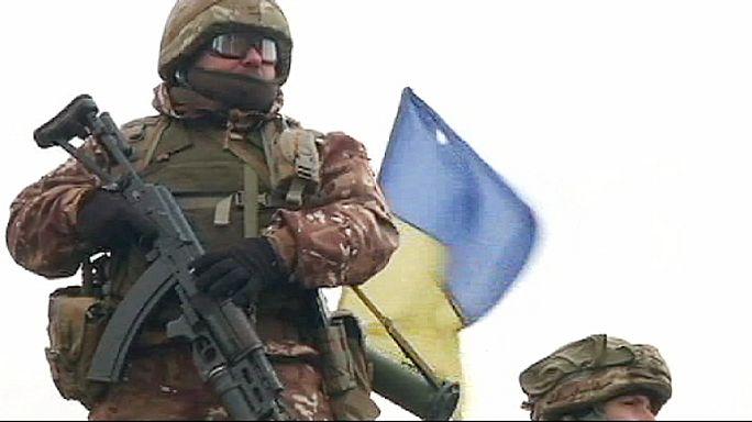 Ukrayna diplomatik ve askeri çözüm seçeneklerini tartışıyor