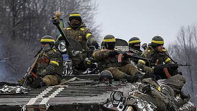 Rebels push on with their assault on Ukrainian government positions ahead of peace talks