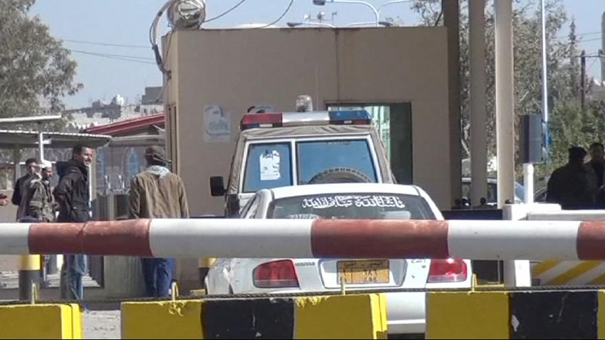 Йемен: США и Великобритания эвакуируют посольства
