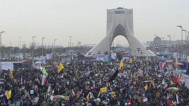 Иран: годовщина Исламской революции под антиамериканскими лозунгами