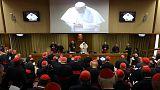 A pápa ismét szakít a hagyományokkal