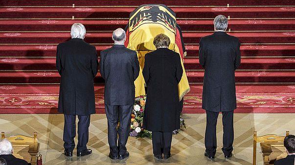 Almanya'nın eski Cumhurbaşkanı Weizsaecker için resmi cenaze töreni düzenlendi