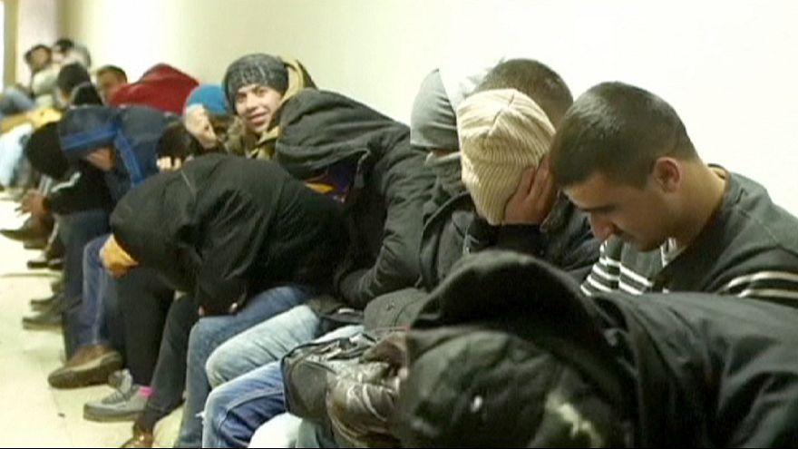 Refuerzo en las fronteras de los países vecinos ante el éxodo masivo de kosovares