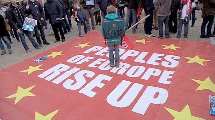 De Bruxelles à Athènes, mobilisation anti-austérité et pro-Tsipras