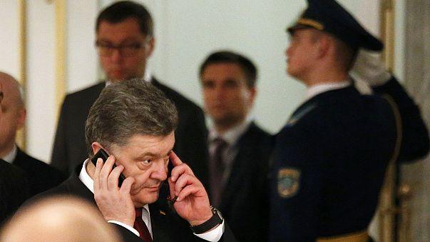 """Poroshenko dice que Rusia pone condiciones """"inaceptables"""" en Minsk"""