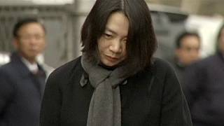 Nutcase closed as Korean Air vice-president jailed for roasting steward over the way he served up his nuts