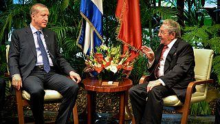 Erdogan propone a Raúl Castro construir la primera mezquita de Cuba