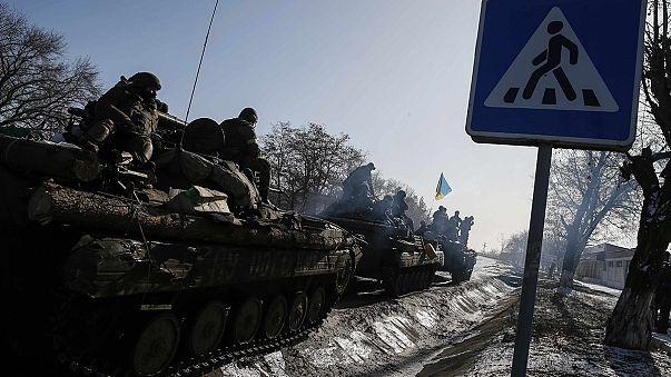 """بوروشينكو: تطبيق اتفاق مينسك لوقف اطلاق النار في أوكرانيا لن يكون """"سهلا"""""""