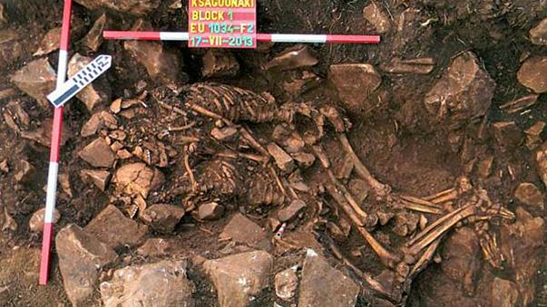 The eternal embrace: 6,000-year-old couple unearthed in Greece