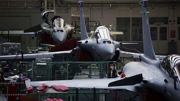 Francia vende a Egipto 24 aviones de combate y una fragata