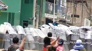 Tüntetések robbantak ki Peruban a földgázkitermelés miatt