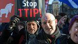 التجارة  بين الاتحاد الأوروبي والولايات المتحدة: المخاوف والآمال
