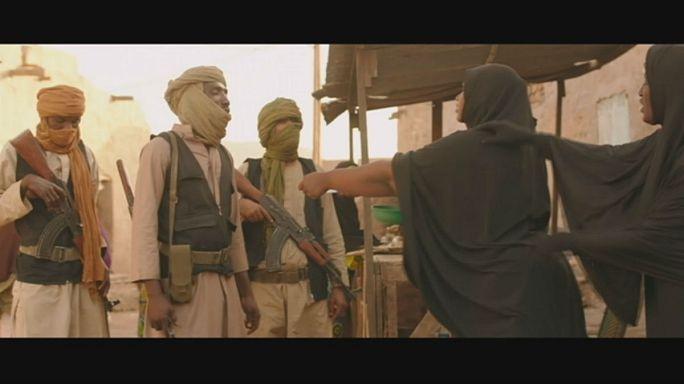 """""""تمبكتو"""" في زمن المتشددين الإسلاميين"""