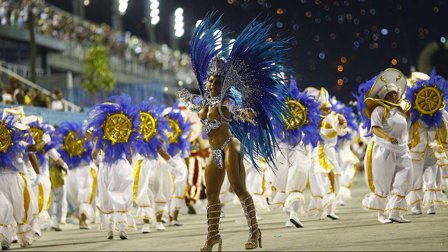 Río de Janeiro declara el estado de carnaval permanente