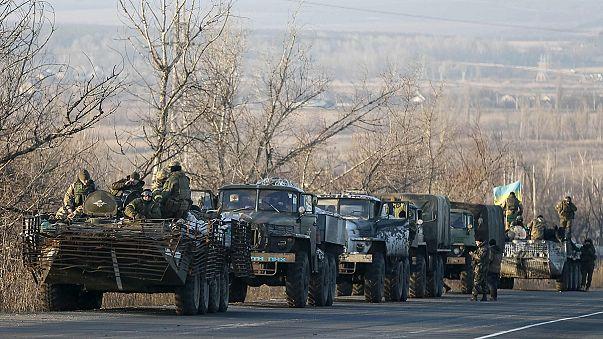 Tensione in Ucraina a poche ore dall'entrata in vigore del cessate-il-fuoco