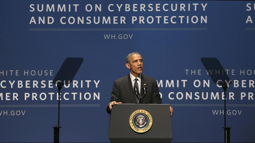 Obama urges tech firms to cooperate in tackling cybersecurity threats