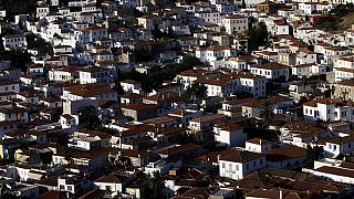 Ελλάδα: Αυτό είναι το νέο χαράτσι στα ακίνητα!