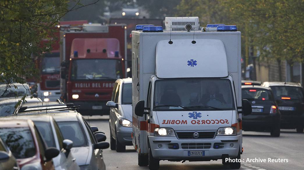 Niente posti in ospedale, neonata muore in ambulanza a Catania