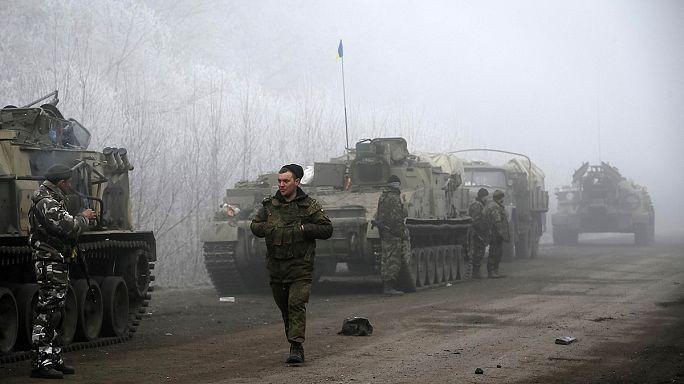 Utcára merészkedtek az emberek Kelet-Ukrajnában