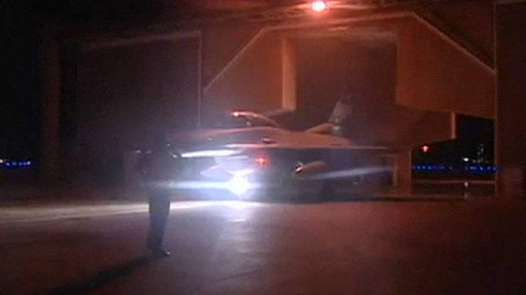 Mısır savaş uçakları Libya'daki IŞİD hedeflerini vurdu