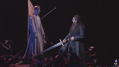 Placido Domingo enlightens in dark Macbeth