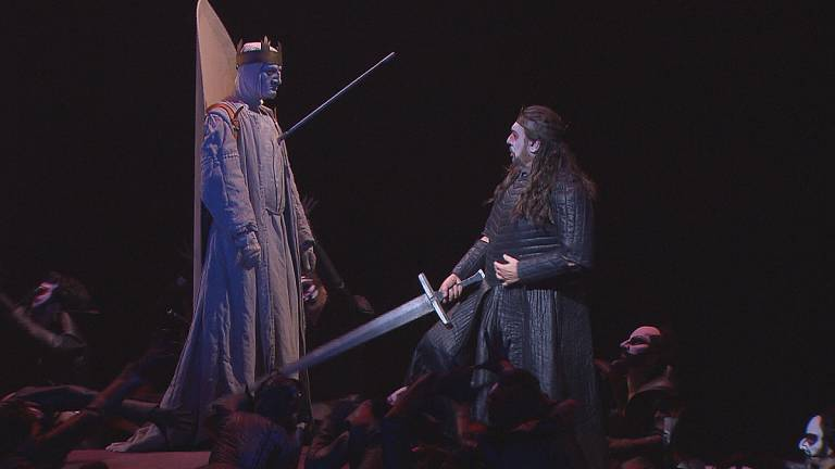 the association of darkness with evil in the play macbeth