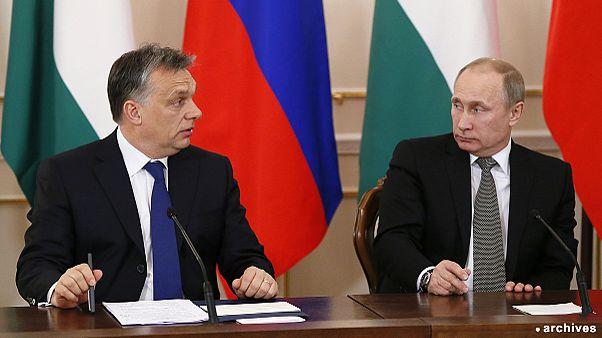 Vladimir Putin visita Budapeste