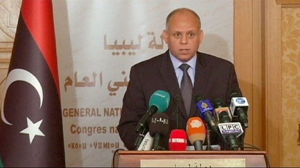 لجيش المصري يقصف مواقع لتنظيم الدولة الإسلامية في ليبيا .