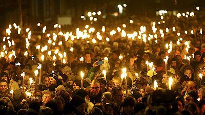 Decenas de miles de personas en la vigilia por los atentados de Copenhague