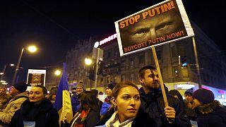 Macarlar Putin'in ziyaretinden hoşnut değil