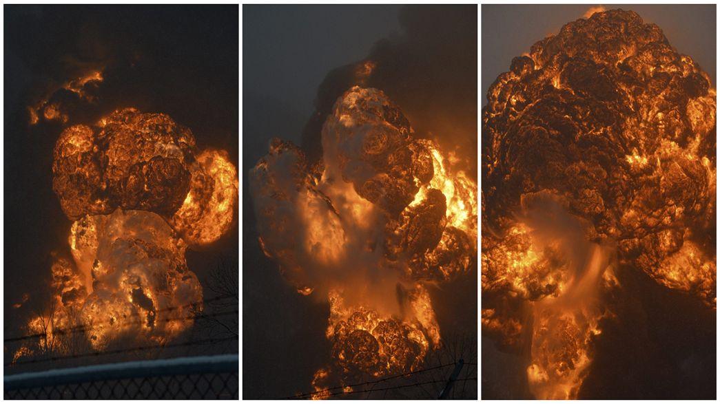 Usa. Deraglia treno merci, incendio spettacolare