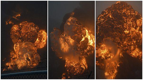 Espectacular accidente de un tren de mercancias en Virginia Occidental